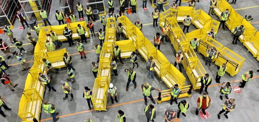 Amazon to Open Robotics Facility